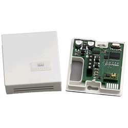 Extended Range Indoor/Outdoor Temperature & Humidity Sensor